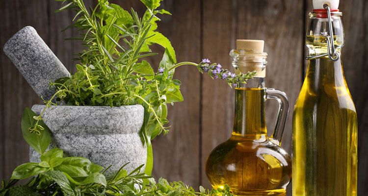 Herb oil to remove wrinkles naturally
